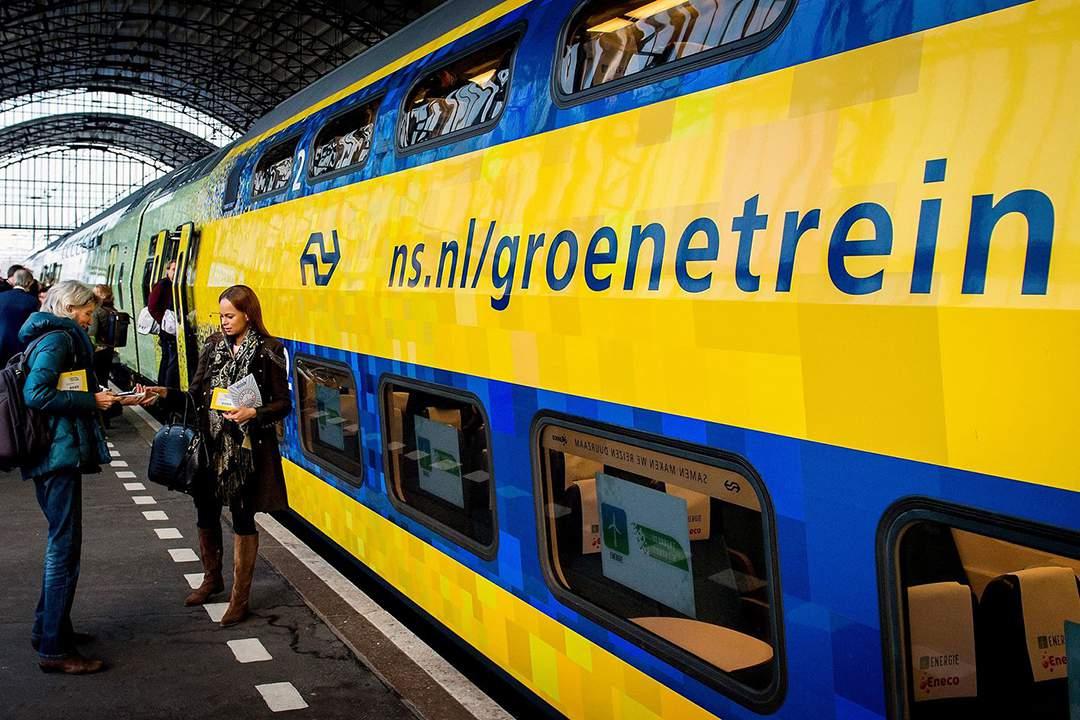 """""""De complexe milieustrijd tussen vliegtuig en trein"""""""